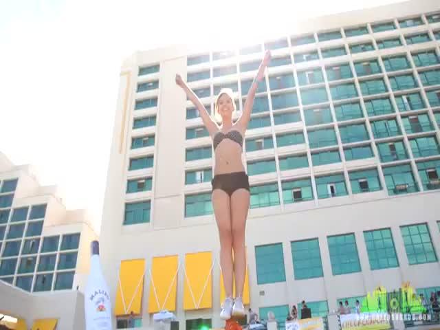 Stunning Cheerleading Skills