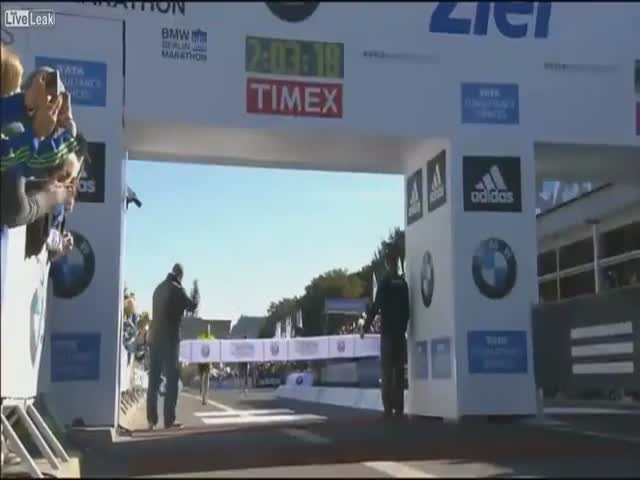 Stupid Guy Kind of Ruins Kenyan Marathon Runner's Victory