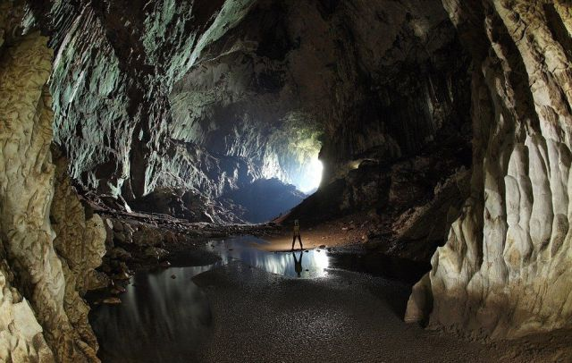 Explorers Uncover an Entire World inside a Cave