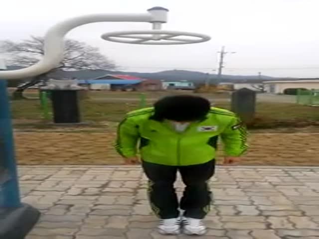 Korean Guy Shows His Insane RPM Skills