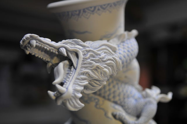 Hand-Crafted Pot Design That Is Unusually Artistic