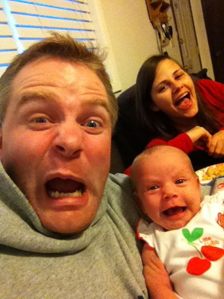 New Dad Takes the Most Adorable Selfies with His 3 Week Old Daughter