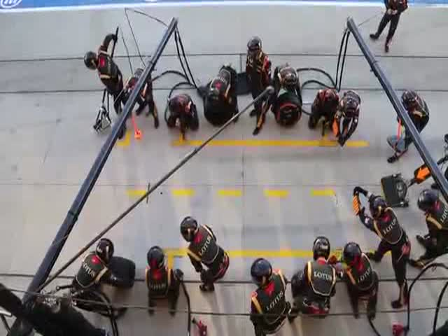 Formula 1 Pit Stops Are Fascinating
