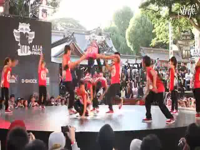 Japanese 'Ninja' Kids with Incredible Break Dance Skills