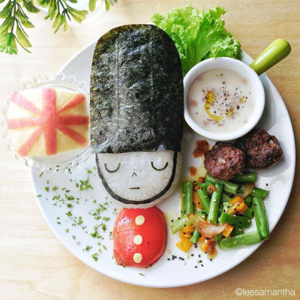 Creative Mom Turns Meal-Time into Art-Time