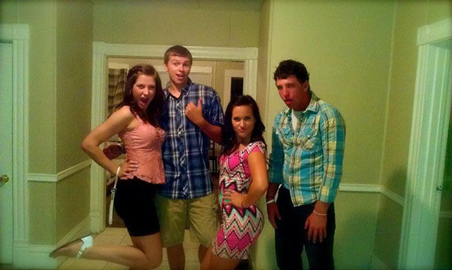 """This Is What People Mean When They Use the Expression """"Hover Hand"""""""