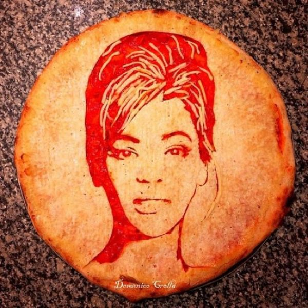 A Man Who Turns Normal Pizza into Art