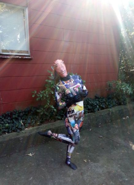 An Odd but Awesome Nicolas Cage Halloween Costume