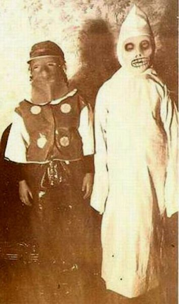 Creepy Halloween Photos from the Years Gone By