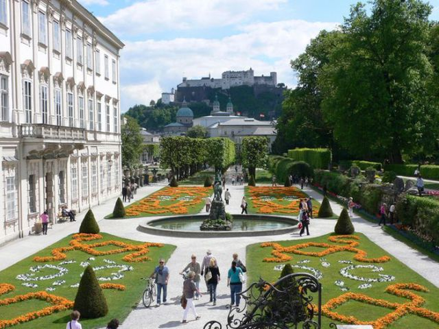 The Most Magnificent Gardens in the World