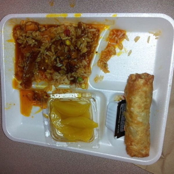 Completely gross school lunches in the us 24 pics for Academy of oriental cuisine