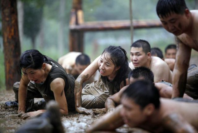 What Female Bodyguards Endure as Training in China