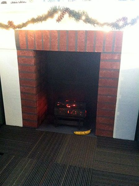 How to Make Your Own Fireplace for Christmas