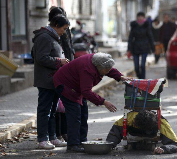 The Fraudulent Crippled Chinese Beggar