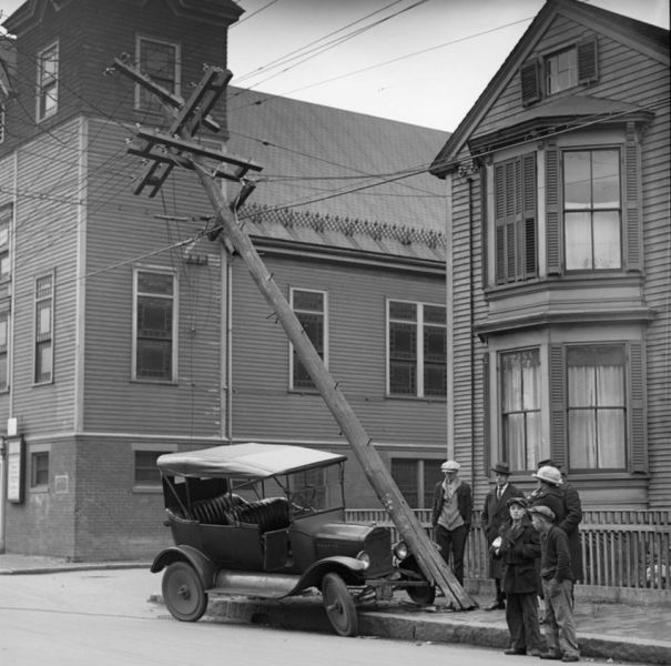 Car Accidents from the Early 20th Century