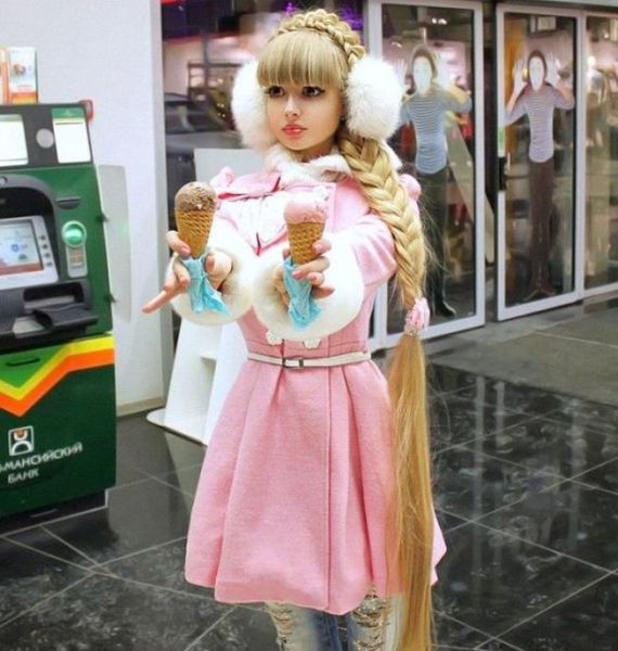 The Real People who Have Become Living Dolls