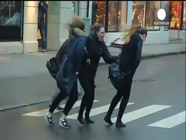 People vs Powerful Winds in Norway