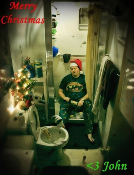 This Guy Sends the Best Christmas Cards to His Family