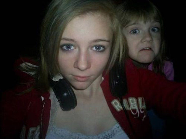 Photobombing Like a Boss