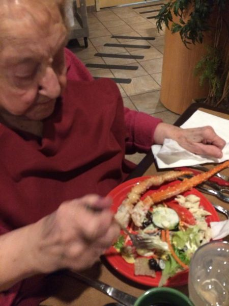 103-Year-Old Grandma Knows How to Party