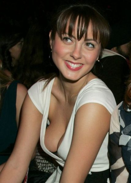 Good Cleavage Pictures