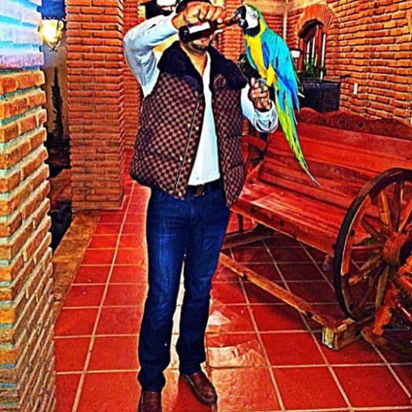 Mexican Drug Lord Posts Pictures to Social Media