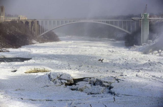Niagara Falls Has Frozen Over Due to Lowest Recorded Temperatures
