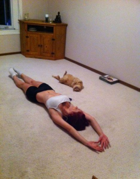 Some Sexy Stretching Girls