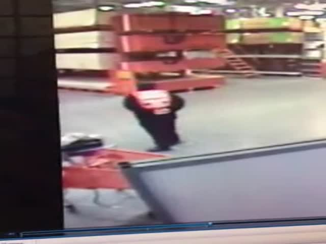 Home Depot Worker Saves Falling Baby with an Amazing Catch