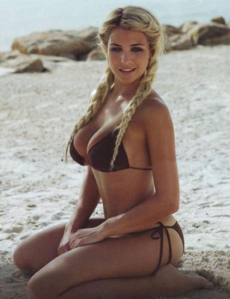 Babes in Bikinis are Like a Dream Come True