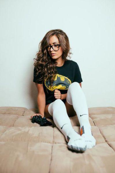 Beautiful Girls Make Knee High Socks Look Hot