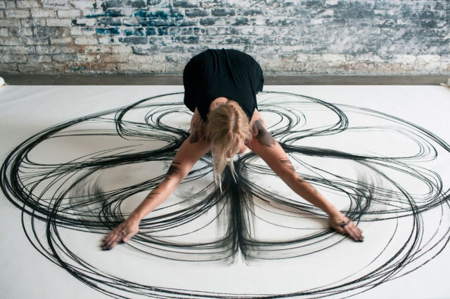 Artists Creates Lifesize Artwork Using Her Whole Body