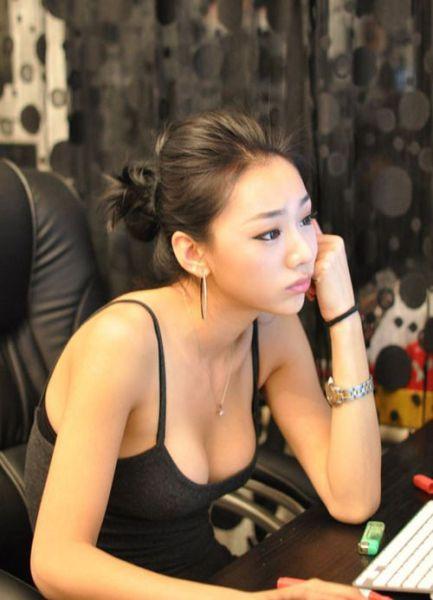 Simply Asian Girls!