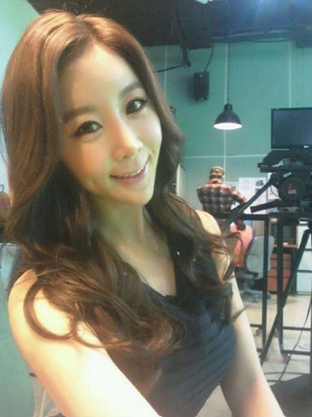 A South Korean TV Presenter Pre and Post Plastic Surgery