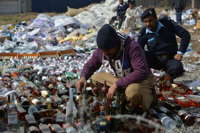 What Customs Does with Confiscated Goods in Pakistan