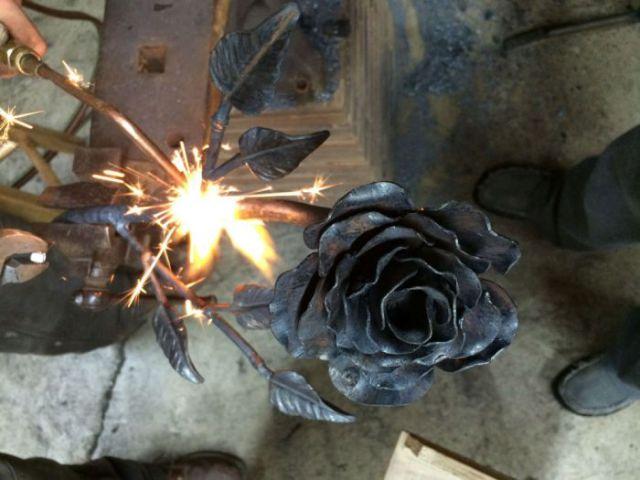 A Romantic Handmade Steel Rose