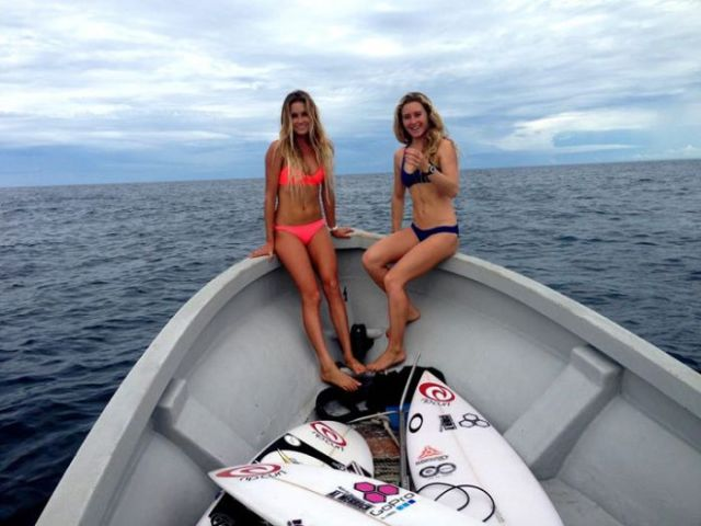 Gorgeous Pics of Surfer and Bikini Model Alana Blanchard