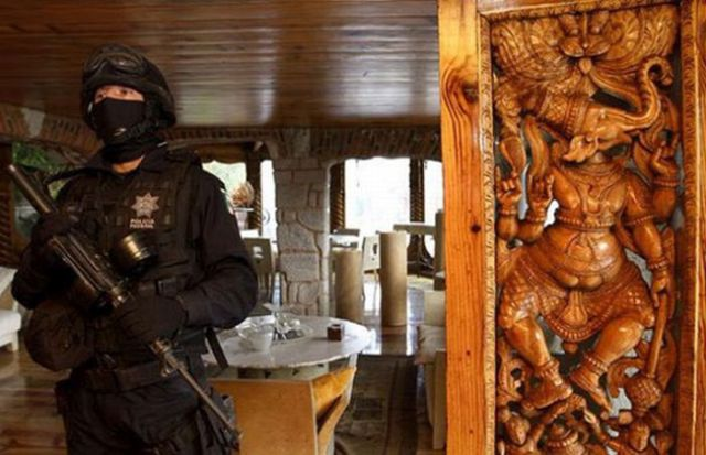 A Real-Life Mexican Drug Lord's House Revealed
