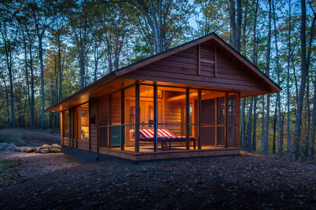 This Cute Forest Cabin Is The Perfect Hideaway 14 Pics