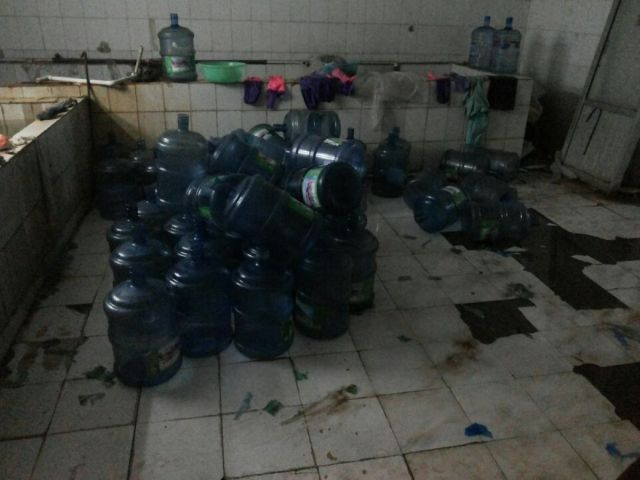 The Way Water Is Cleaned for Resale in China
