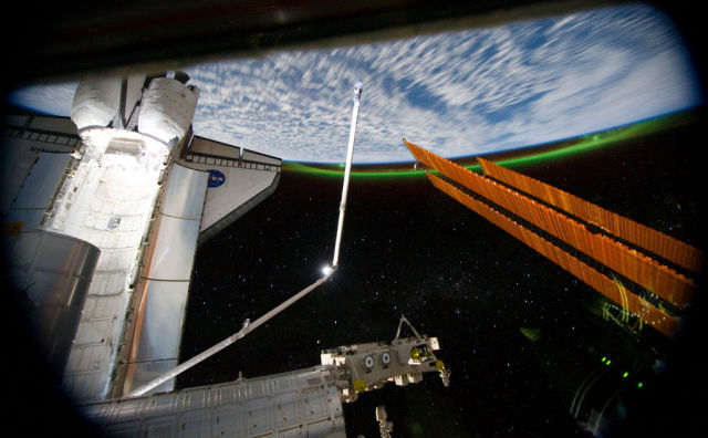 "NASA's Incredible Photo Tribute to ""Gravity"""