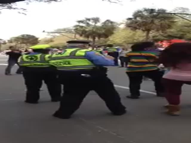 Old Cop Nails It at Mardi Gras Parade in New Orleans