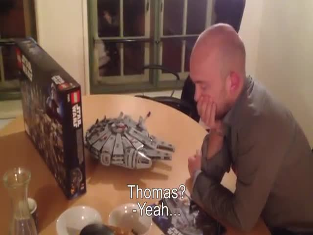 Lego Star Wars Millennium Falcon Prank  (VIDEO)