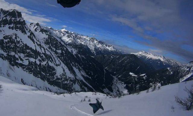 Insane Wingsuit Proximity Flying Just above Skiers