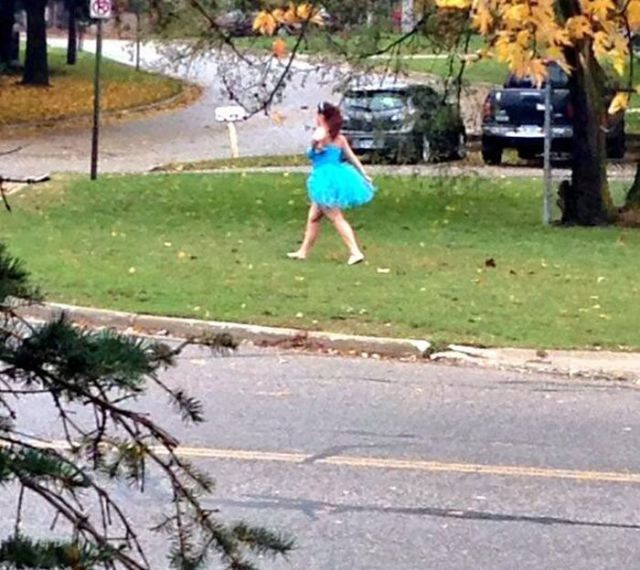 This Is What the Walk of Shame Actually Looks Like