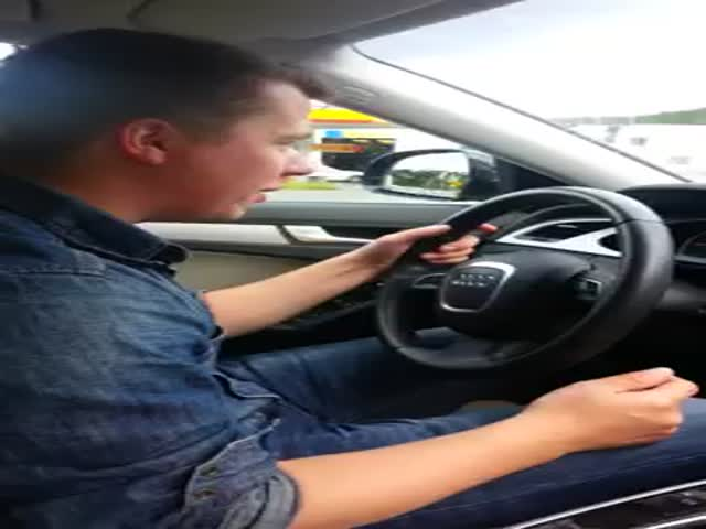 Norwegian Guy vs Audi Voice Commands  (VIDEO)
