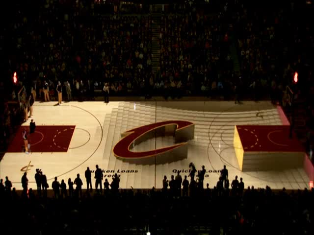 When an Entire Basketball Court Is Turned into a 3D Projection Screen
