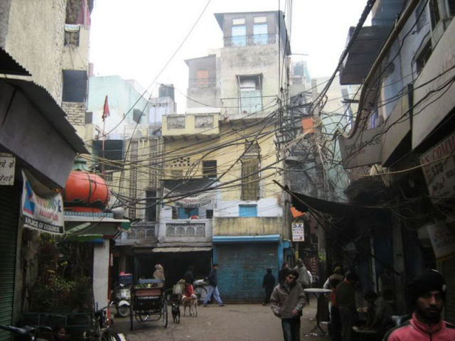 The Harsh Reality of Indian Slums