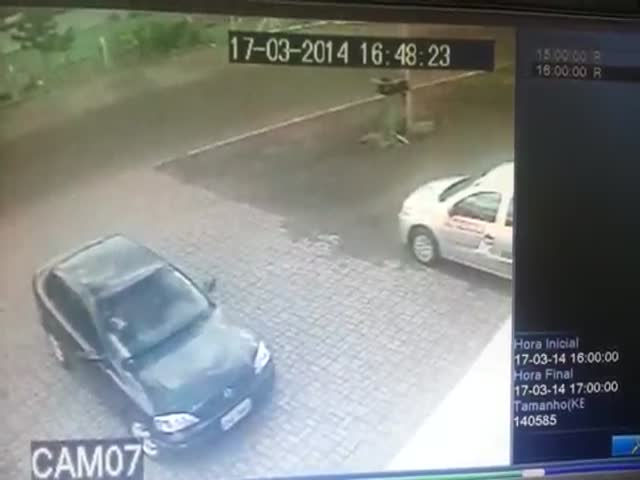 Not Your Usual Hit n' Run  (VIDEO)