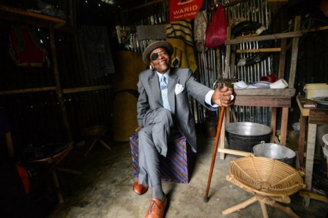 The Congo May be Poor But the Men Dress to Impress